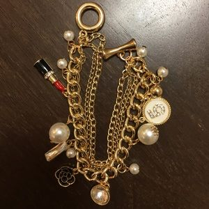 Jewelry - 💖SALE💖 gold charm bracelet #5 pearls lipstick